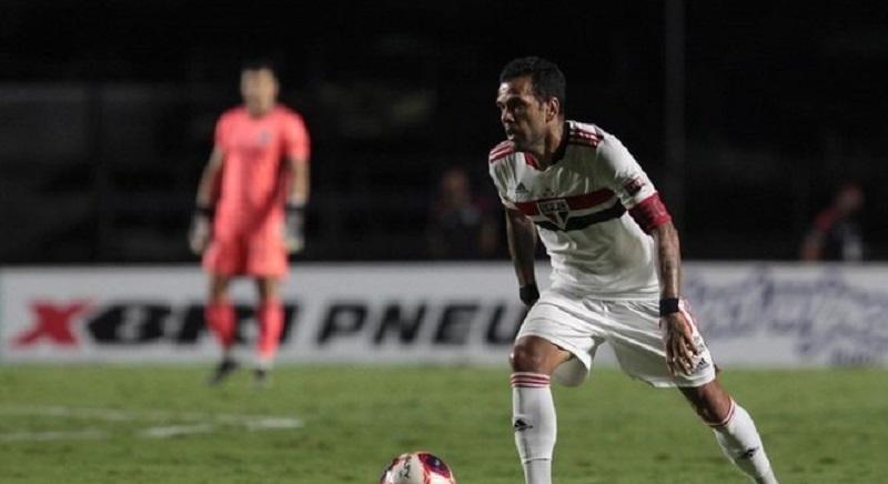 Daniel Alves domina números do Paulistão pelo segundo ano seguido