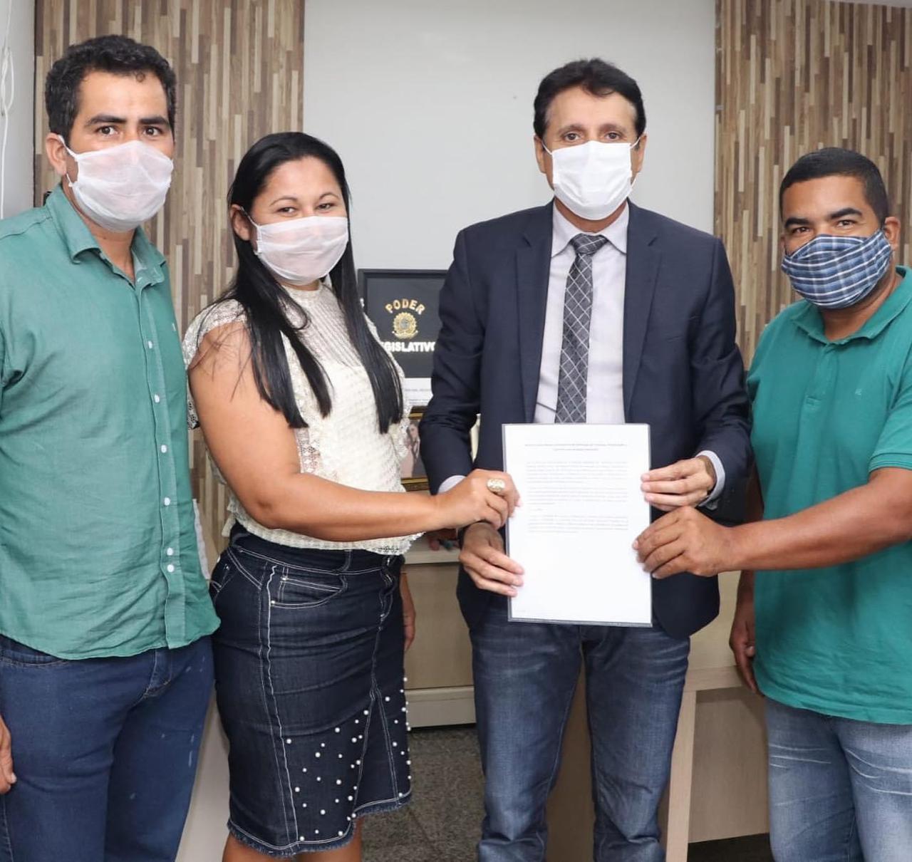 Deputado estadual Nilton Franco atende vereadores de Jaú do Tocantins e recebe demandas do município
