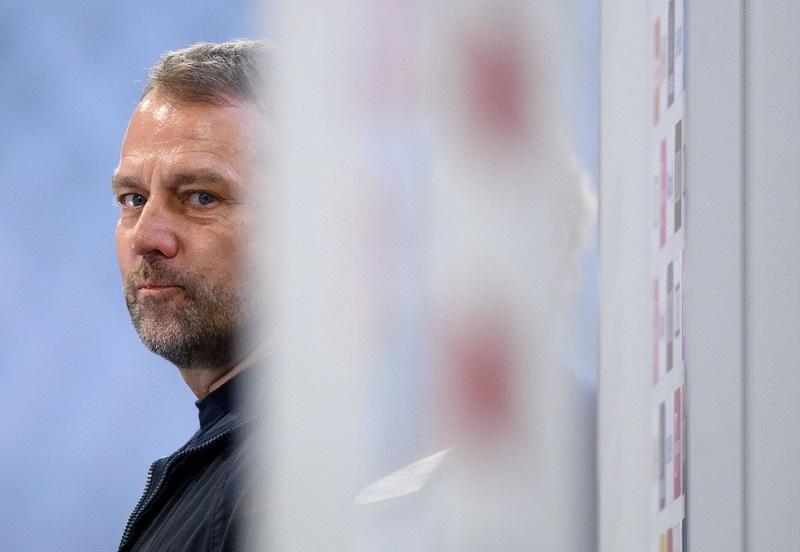 Após eliminação do Bayern na Champions, Flick deixa futuro em aberto; Seleção alemã de olho