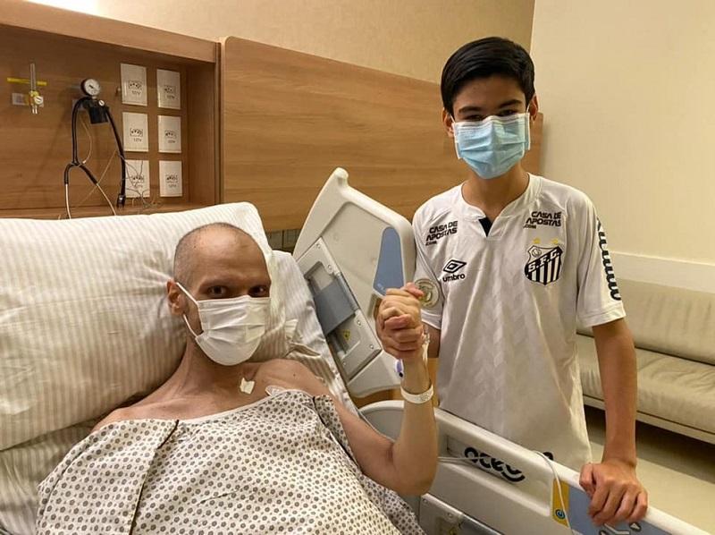 'Tenho fé que vou vencer cada obstáculo', diz Bruno Covas após deixar UTI em SP