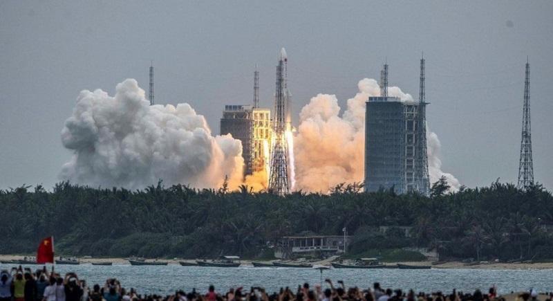 EUA não planejam destruir foguete chinês em queda livre