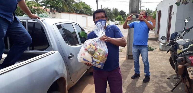 Governo do Tocantins entrega alimentos a mais de 10 mil famílias em 35 municípios