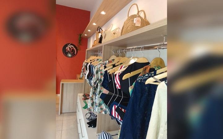 Cliente da 40 Graus Moda Praia pode montar seu próprio conjunto de biquíni