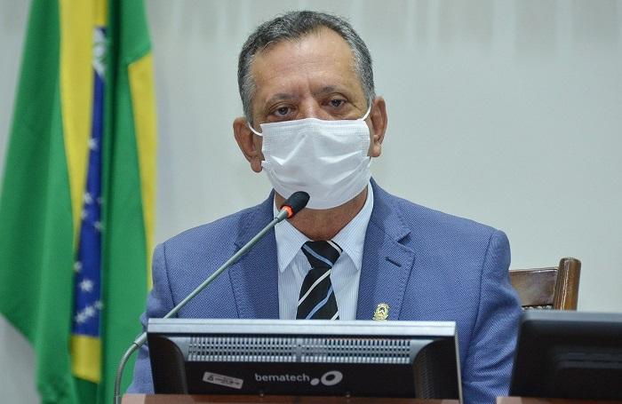 Antonio Andrade requer melhorias em rodovias das regiões de Paranã, Arraias e Palmeirante