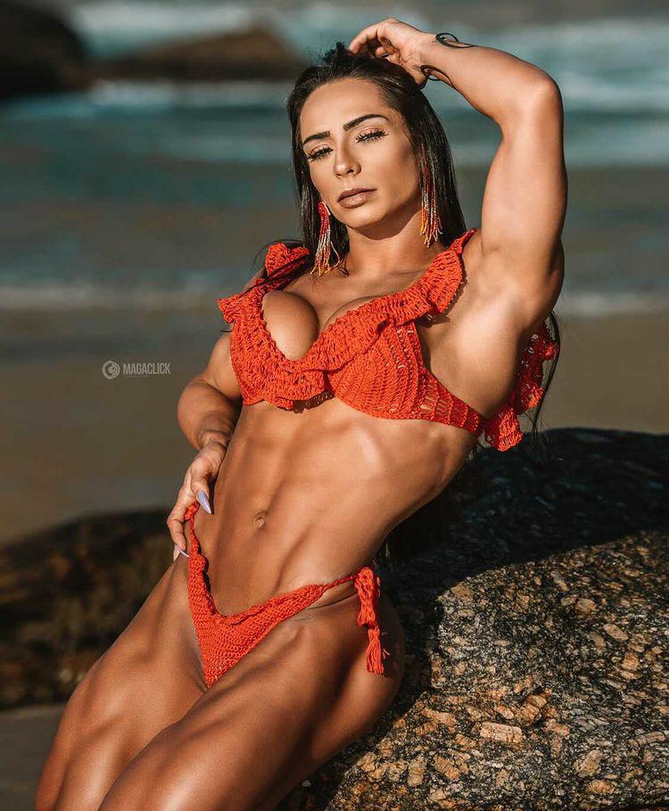 Musa fitness Camila Rodrigues faz sucesso como empresária