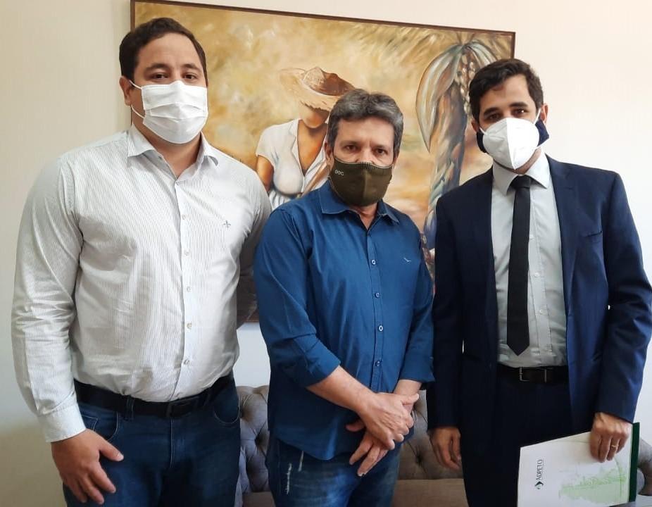 Deputado Damaso recebe presidente da Associação dos Defensores Públicos do TO