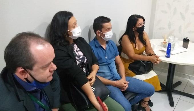 Prefeita de Caseara participa de encontro com gestores do Vale do Araguaia pra discutir demandas da Saúde