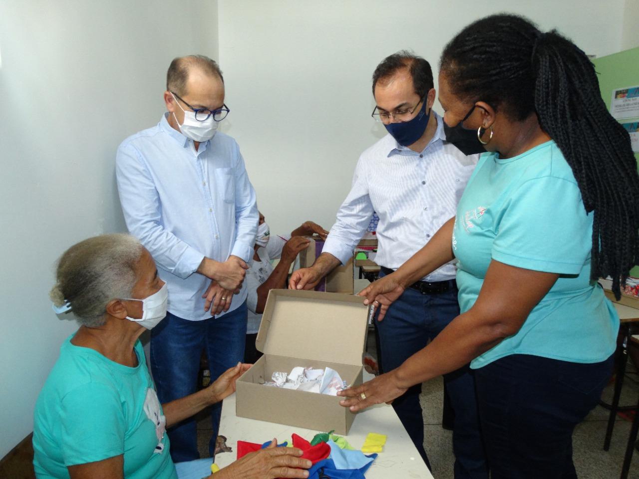 Por meio de parcerias, Prefeitura capacita moradores de bairros de Araguaína
