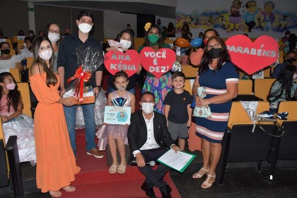 Prefeitura de Paraíso premia alunos vencedores do Concurso Bom de Leitura