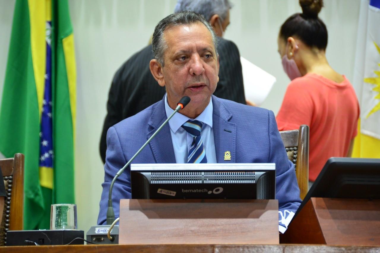 Antonio Andrade promulga leis que beneficiam diretamente os tocantinenses