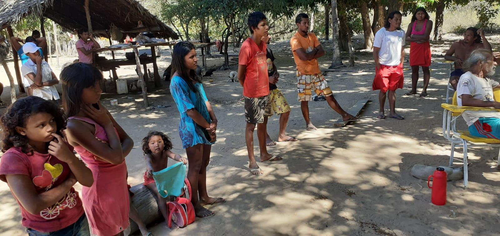 Adapec realiza ação de controle da raiva dos herbívoros em aldeia indígena no município de Goiatins
