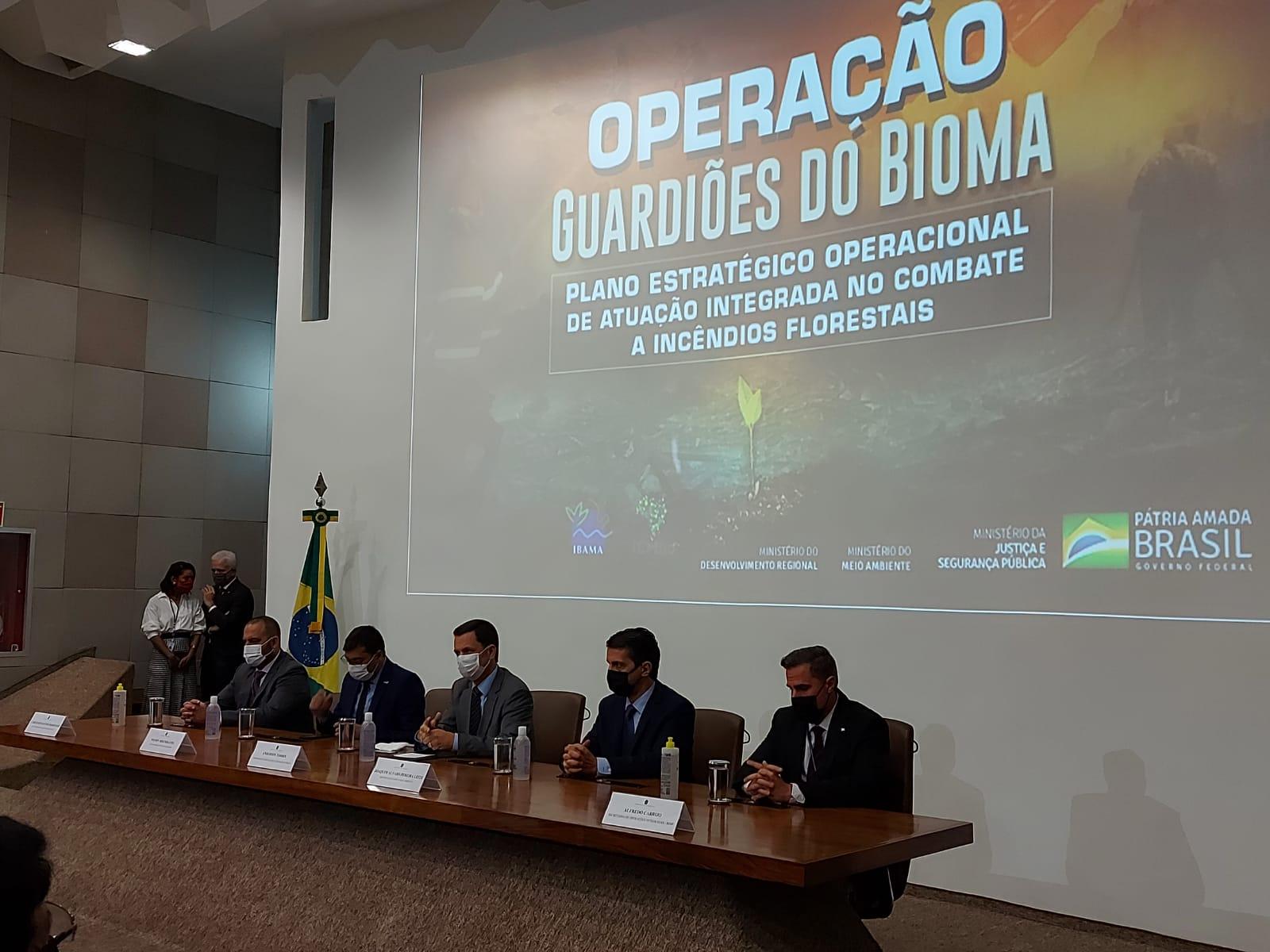 Polícia Militar e Corpo de Bombeiros participam do lançamento do Plano integrado de combate a incêndios, em Brasília