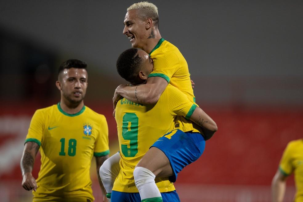 Brasil vence Alemanha por 4 a 2 na estreia do futebol masculino