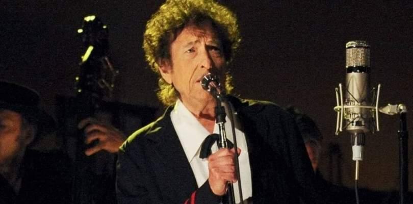 Bob Dylan é acusado de abuso sexual contra garota de 12 anos