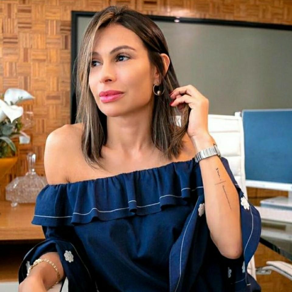 Dra. Josi Robaina faz sucesso como especialista em harmonização facial no Instagram