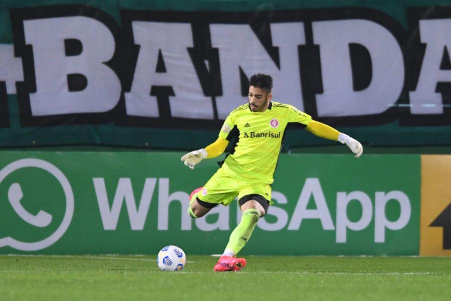 Goleiro Daniel valoriza momento no Inter e destaca semana cheia para duelo contra o líder, Galo