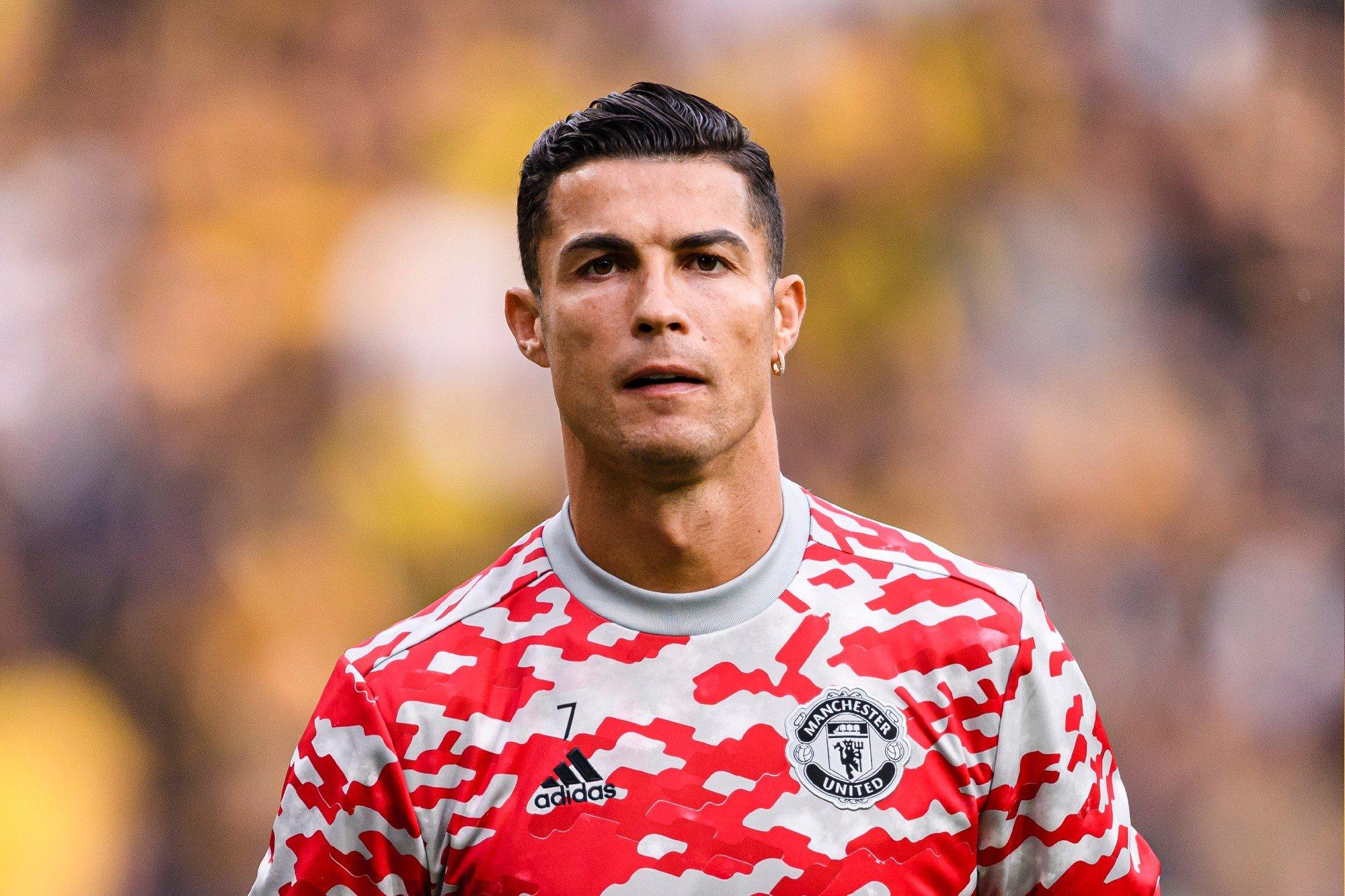 Cristiano Ronaldo é o jogador mais bem pago do mundo em 2021; Neymar aparece na terceira colocação