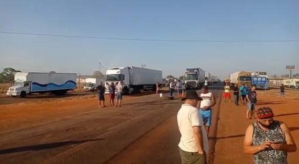 Novo bloqueio de rodovia por manifestantes é registrado no Tocantins