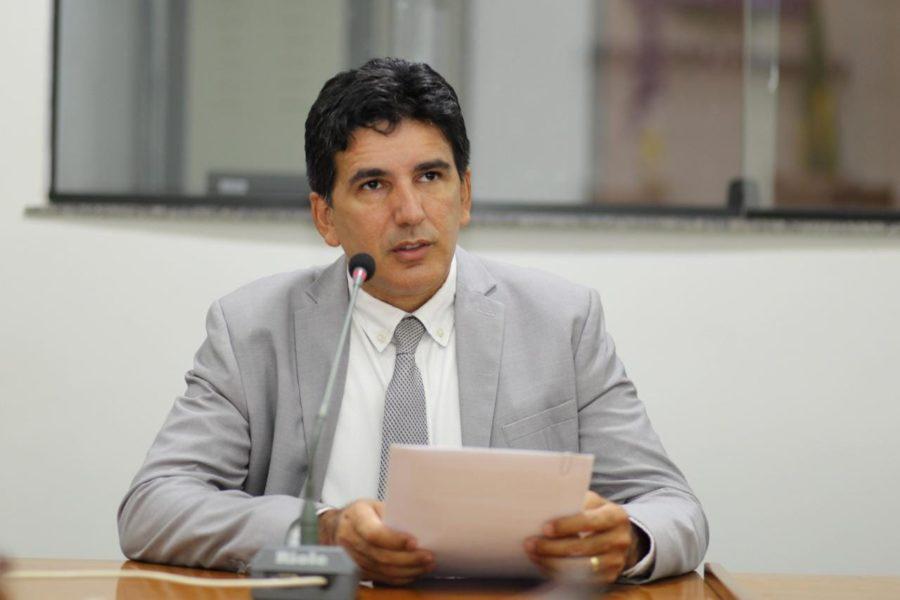Professor Júnior Geo cobra a pavimentação asfáltica da TO-239 entre Itacajá e Itapiratins