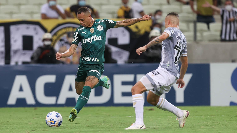 """Prestes a completar 50 jogos pelo Palmeiras, Breno Lopes comemora """"mais um momento muito especial"""""""