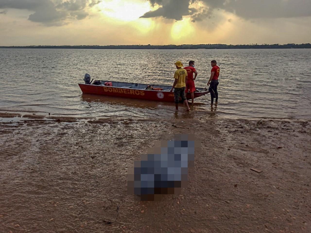 Afogamento: bombeiros militares resgatam corpo de homem de 40 anos, em Araguatins
