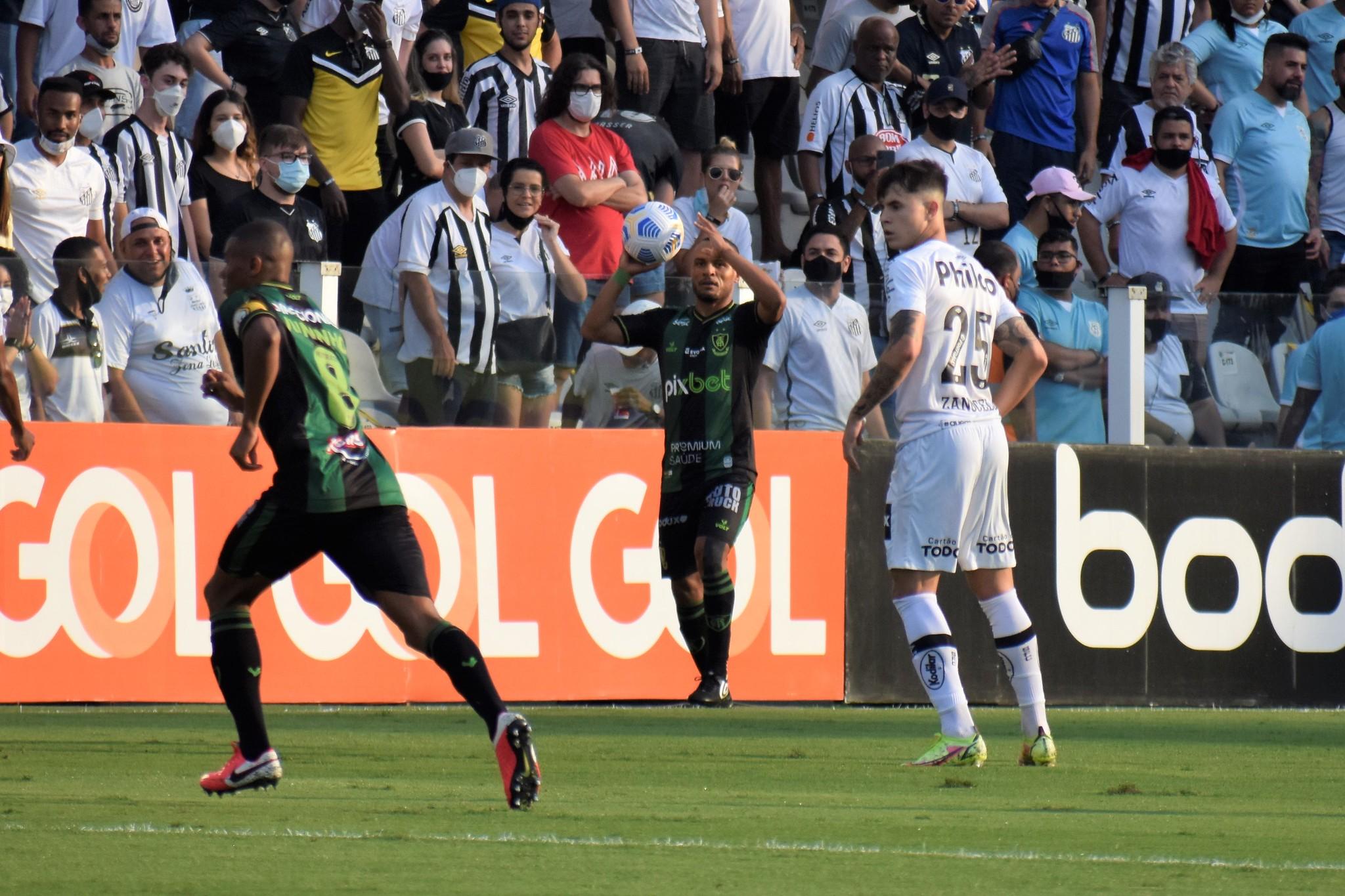 Aproveitamento de G4 e mais de 200 jogos por clubes de Belo Horizonte: Patric enaltece momento dentro e fora de campo no América Mineiro