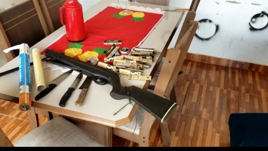 Polícia Civil em Wanderlândia deflagra operação, apreende armas, drogas e prende dois suspeitos