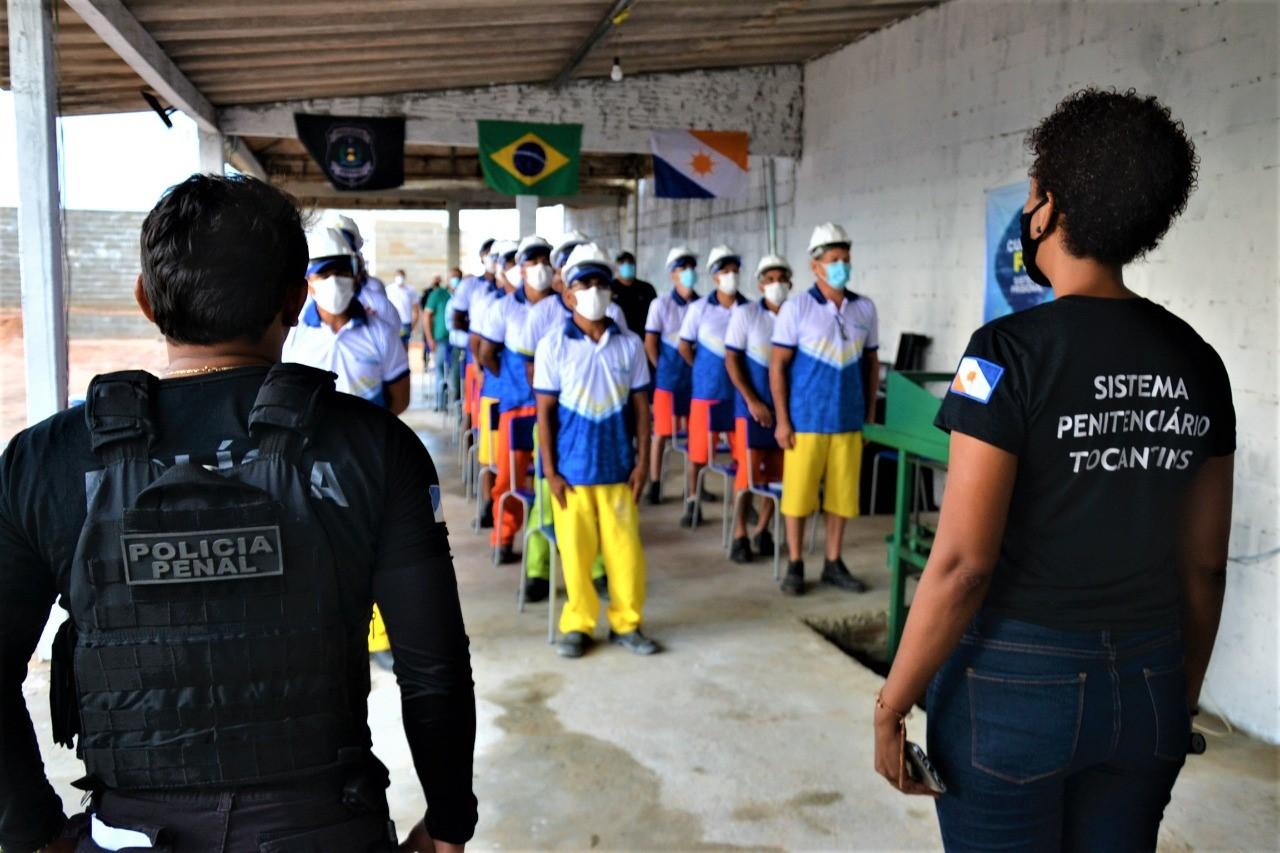 Seciju inaugura Espaço Multiuso para atividades laborais na Unidade Penal de Guaraí e forma 15 custodiados
